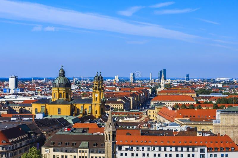 Theatinekerk, München, Beieren, Duitsland royalty-vrije stock afbeelding
