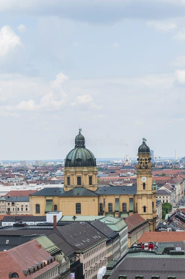 Theatinerkirche St Kajetan in München, Duitsland royalty-vrije stock foto's