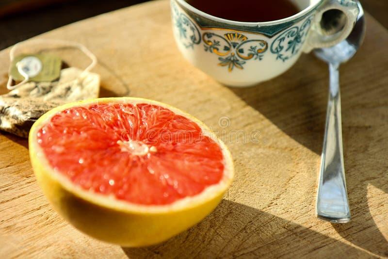 Thee & Grapefruit royalty-vrije stock afbeeldingen