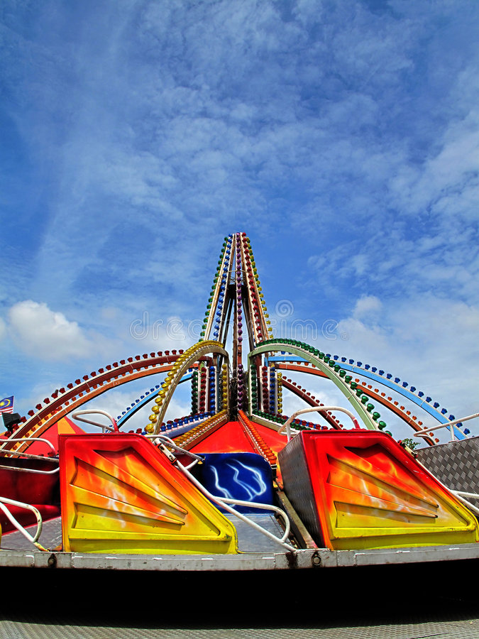 Download Theme park ride stock image. Image of lamps, clouds, abandoned - 9099893