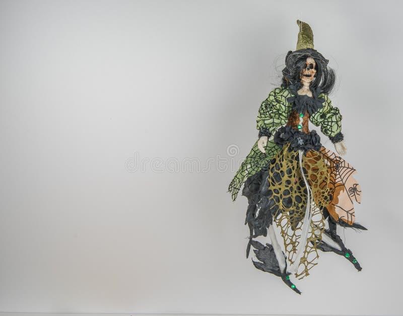 Themenorientiertes buntes Skelett Halloweens stockbilder