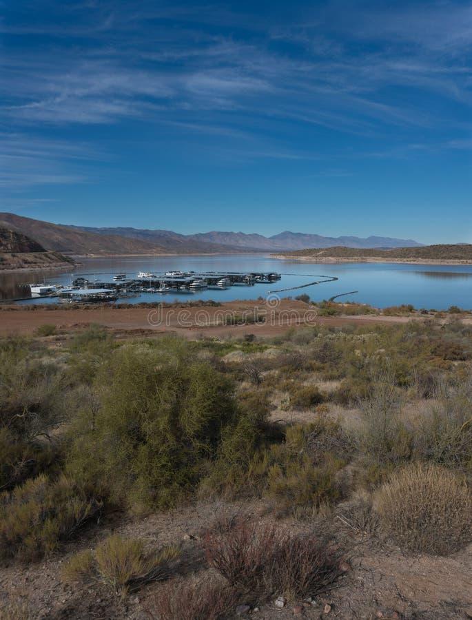 Theodore Roosevelt Lake Marina in Sothern Arizona stockfotos