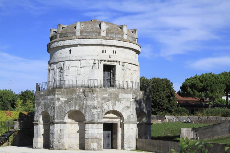 theodoric mausoleum royaltyfria bilder