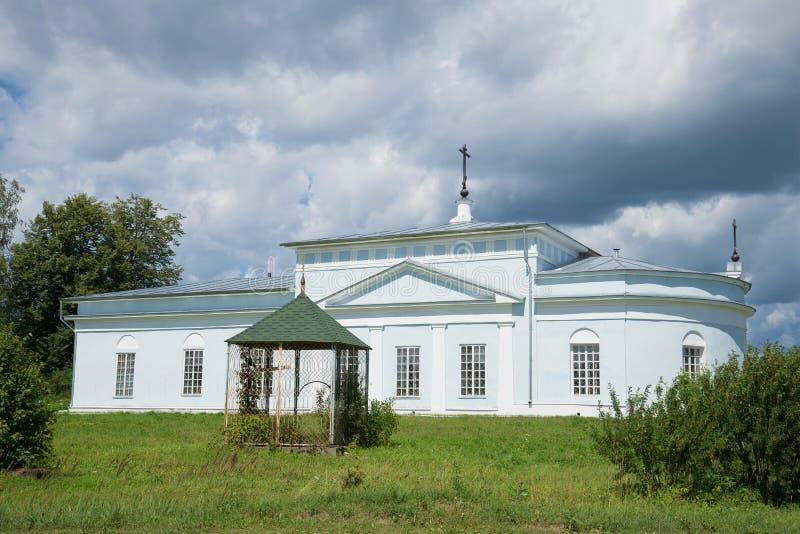 Theotokos的词条的教会到寺庙& x28里; XVIII century& x29;在Nikolo科尔马村庄  俄国 免版税库存照片