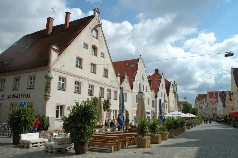 Theresienstrasse街道在因戈尔施塔特在德国 免版税库存照片
