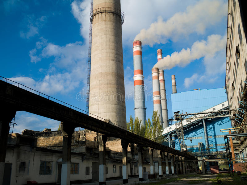 Download Thermal power plant stock photo. Image of nature, city - 30476892