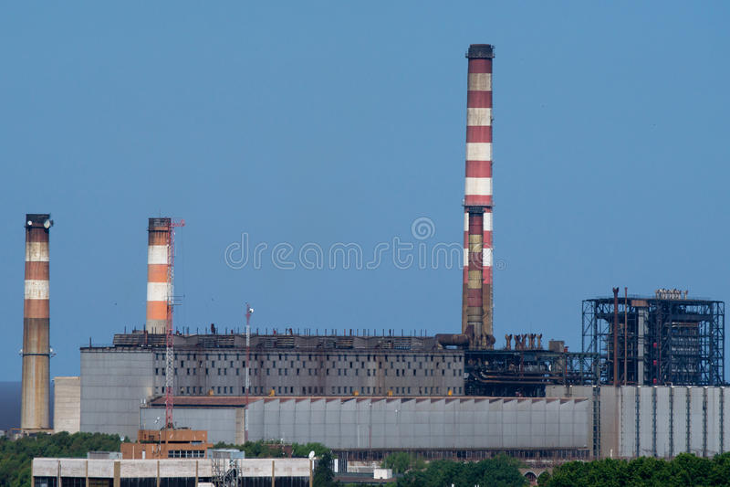 Thermo-elektrische elektrische centrale stock foto's