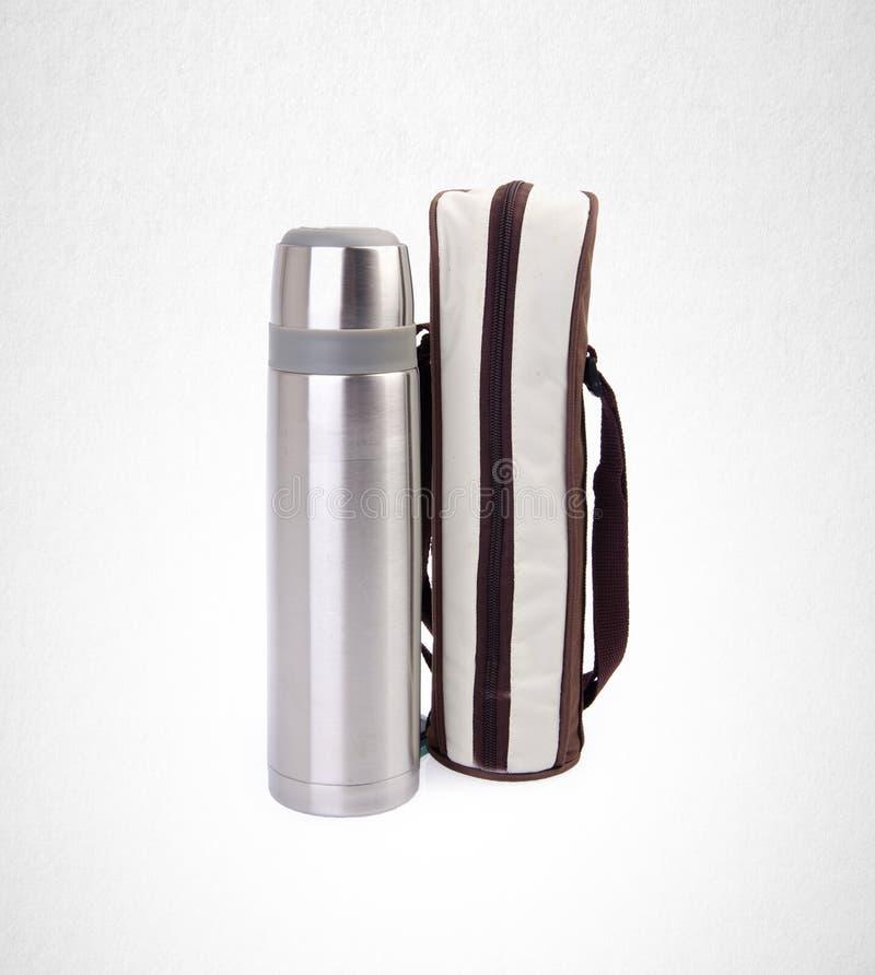 Thermo eller Thermo flaska från rostfri stee på bakgrund royaltyfria bilder