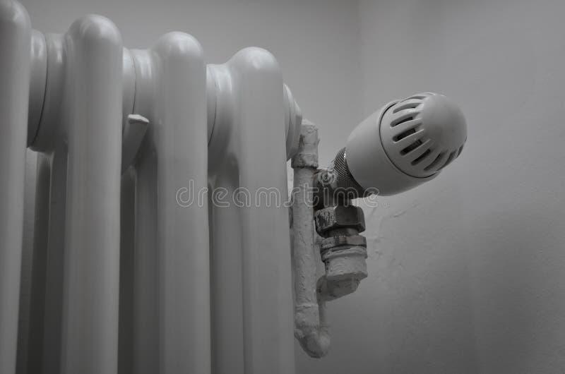 Thermo ventil i värmeapparat royaltyfria bilder
