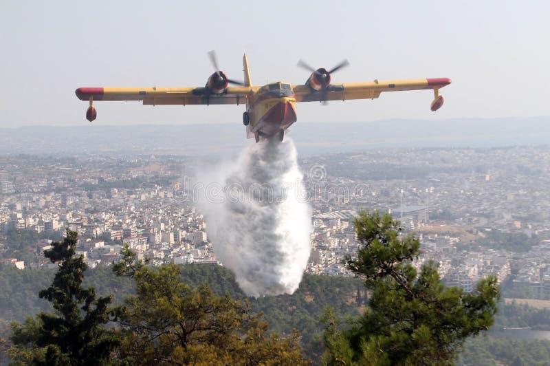 Brandbestrijdings vliegtuig stock afbeeldingen