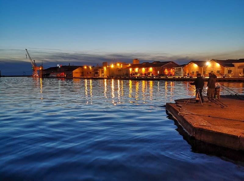 Thessaloniki/Griekenland nightscape in het kapitaal van de Balkan royalty-vrije stock foto's