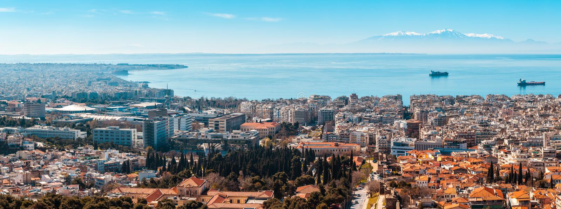 10 03 2018 Thessaloniki, Griekenland - Panorama van Thessaloniki stock foto
