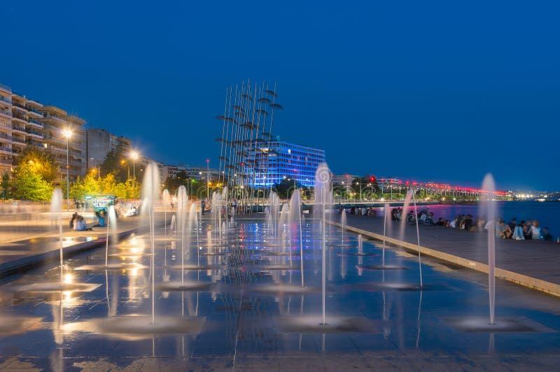 Thessaloniki vid natt royaltyfria foton