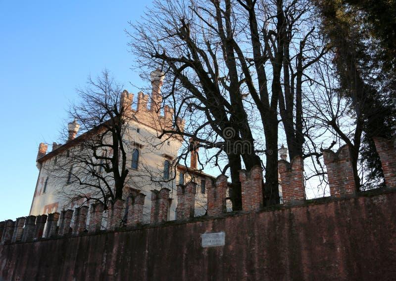 Thiene, VI, Italien - 10. Dezember 2017: Altes Schloss nannte Cas lizenzfreies stockfoto