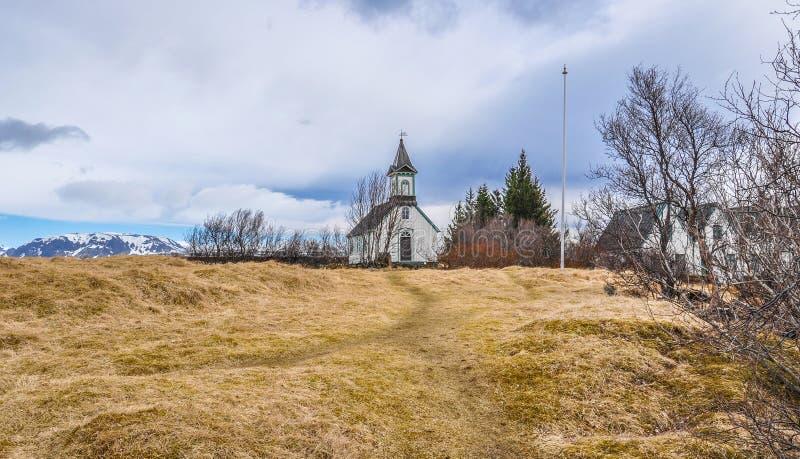 Thingvellir nationalpark, Island lantlig kyrka royaltyfria foton