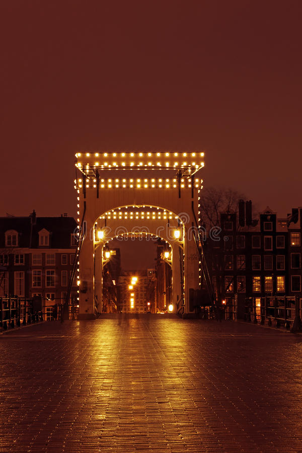 Download Thiny Most W Amsterdam Holandiach Zdjęcie Stock - Obraz: 39066888