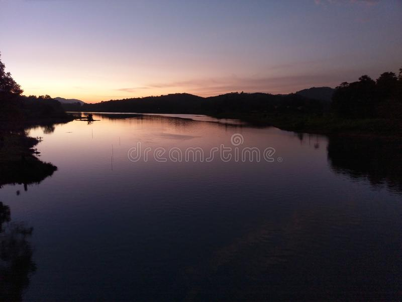 Thodupuzha flod royaltyfria bilder