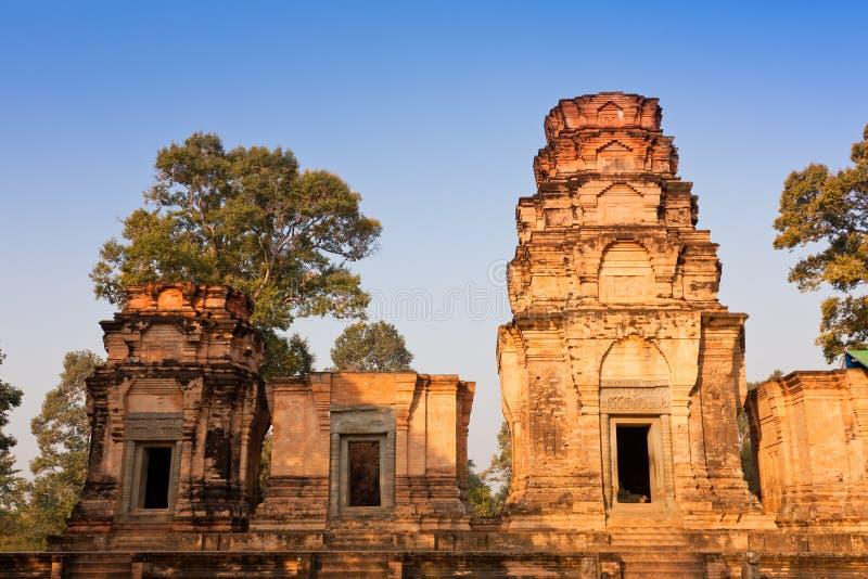 thom för tempel för angkorcambodia kravan prasat arkivbilder