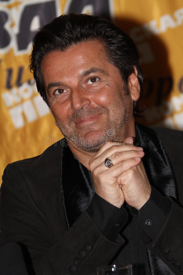 Download Thomas Anders editorial stock image. Image of roast, performing - 19196094