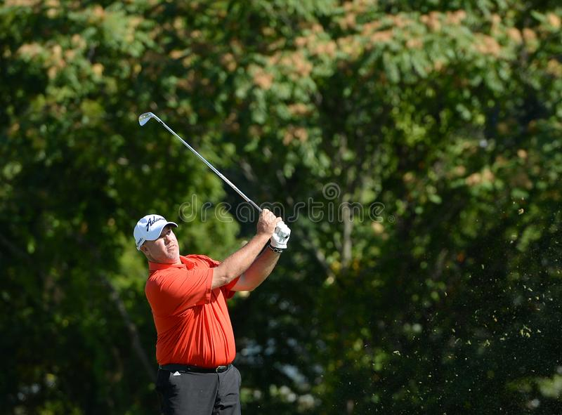 """Thomas Brent """"fischio """"Weekley al secondo giro del torneo di Barclats tenuto al Plainfield Country Club in Edison, New Jersey fotografie stock libere da diritti"""