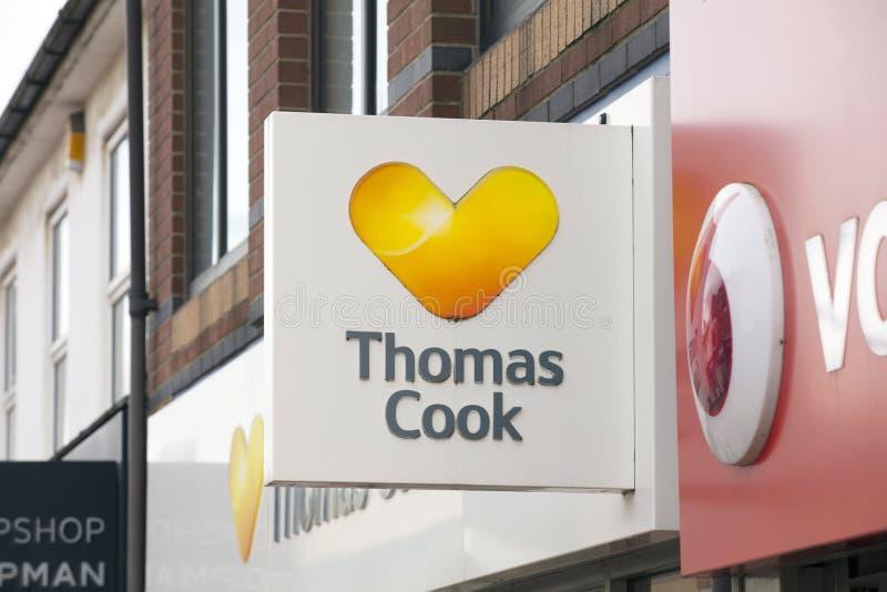 Thomas Cook Travel Agents Sign - Scunthorpe, Lincolnshire, het Verenigd Koninkrijk - 23 Januari 2018 stock foto's