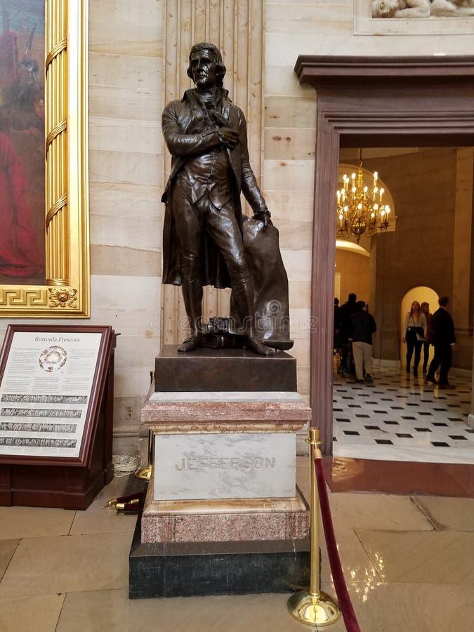 Thomas Jefferson Statue i USA-huvudstadrotundan arkivbild