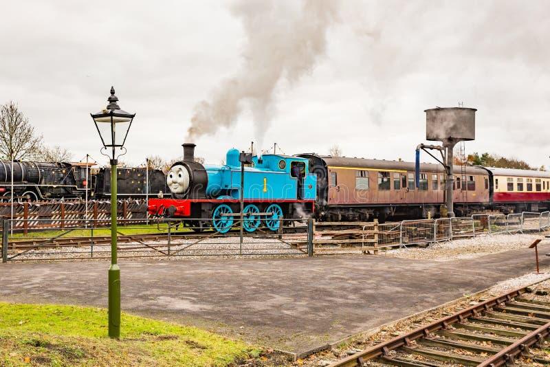 Thomas la locomotive à vapeur images stock