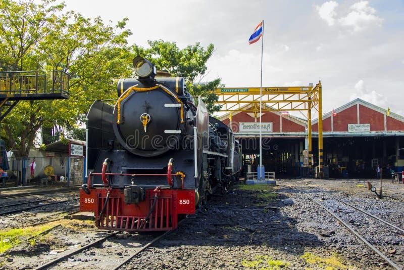 THON-BURI zajezdni miejsca lokomotoryczny magazyn i remontowa Parowa lokomotywa Tajlandia zdjęcia royalty free