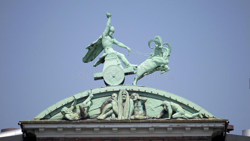 Thor e seu martelo foto de stock royalty free