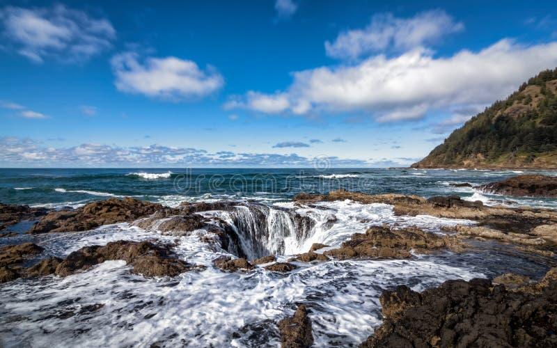 Thor goed, Kaap Perpetua, Oregon, de V.S., Kleurenbeeld royalty-vrije stock fotografie