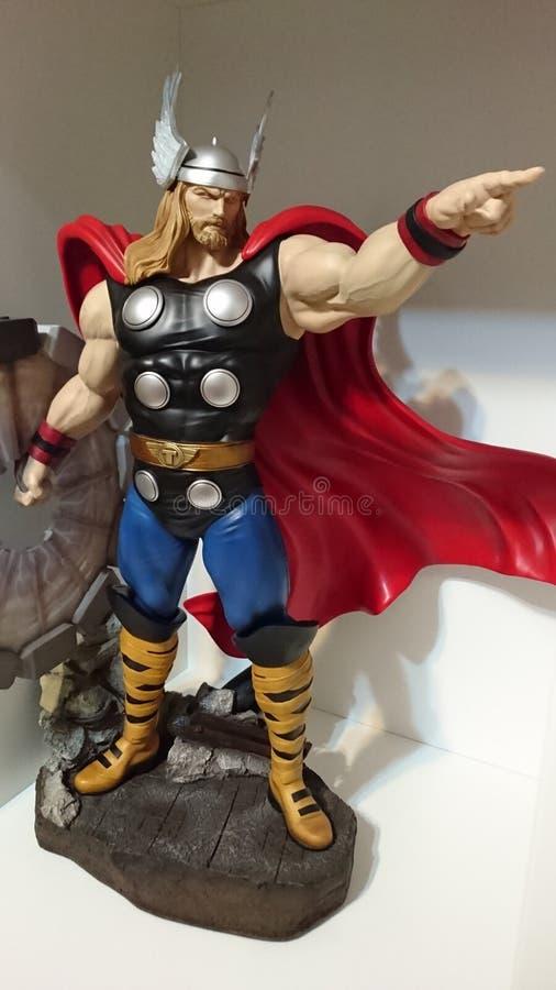 Thor o deus de trovão poderoso - admire-se de heróis fotografia de stock royalty free