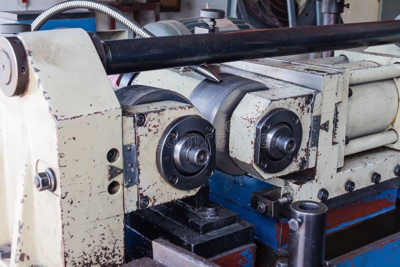 Threadrollenmaschine lizenzfreie stockbilder
