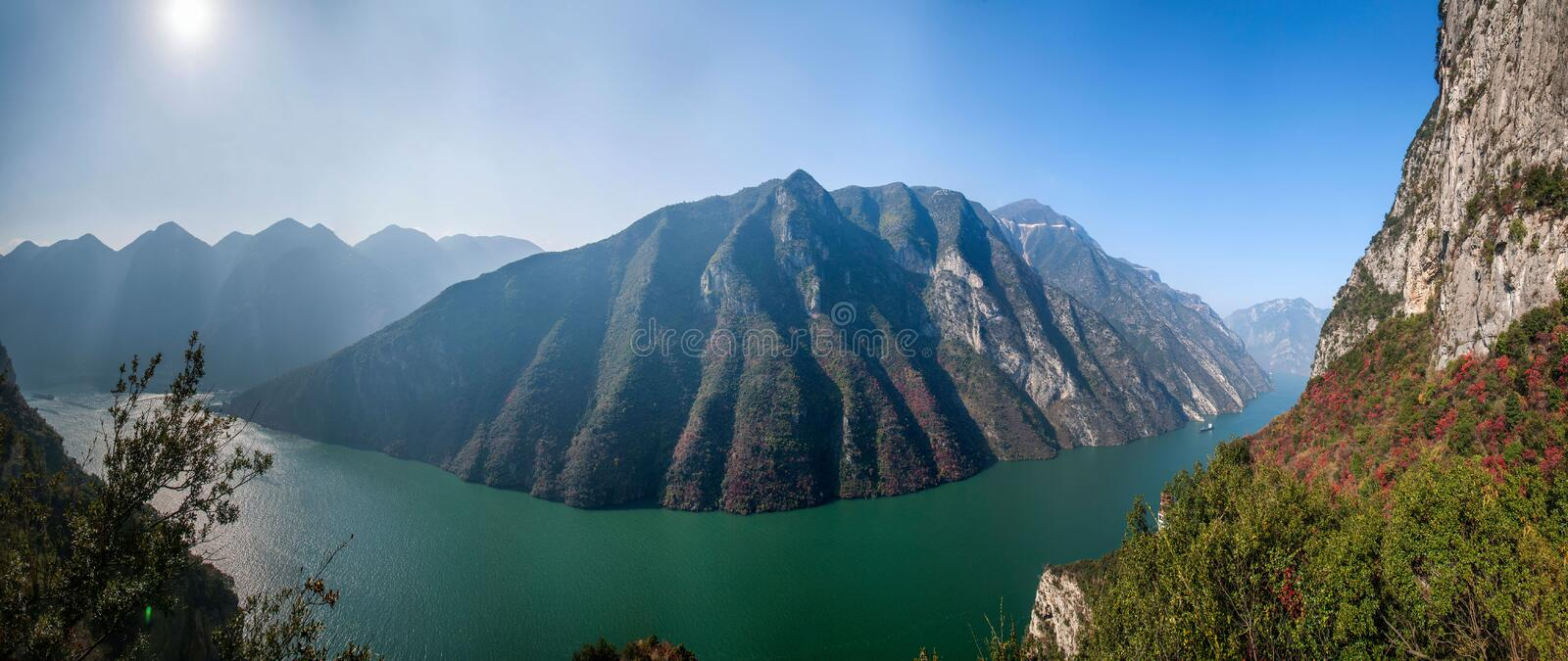 Three Gorges av den Yangtze River Valley klyftan arkivfoton