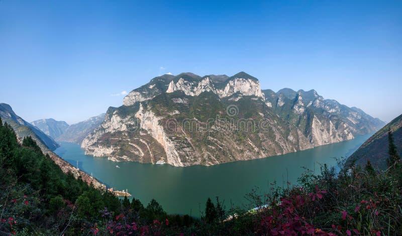 Three Gorges av den Yangtze River Valley klyftan arkivfoton