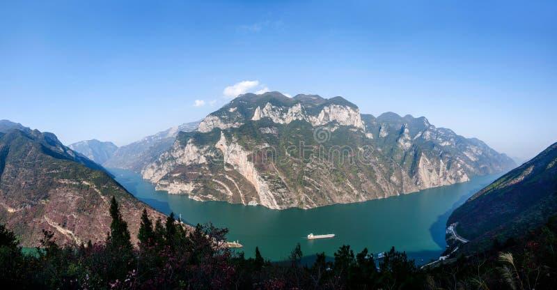 Three Gorges de la gorge de la vallée de la rivière Yangtze images libres de droits