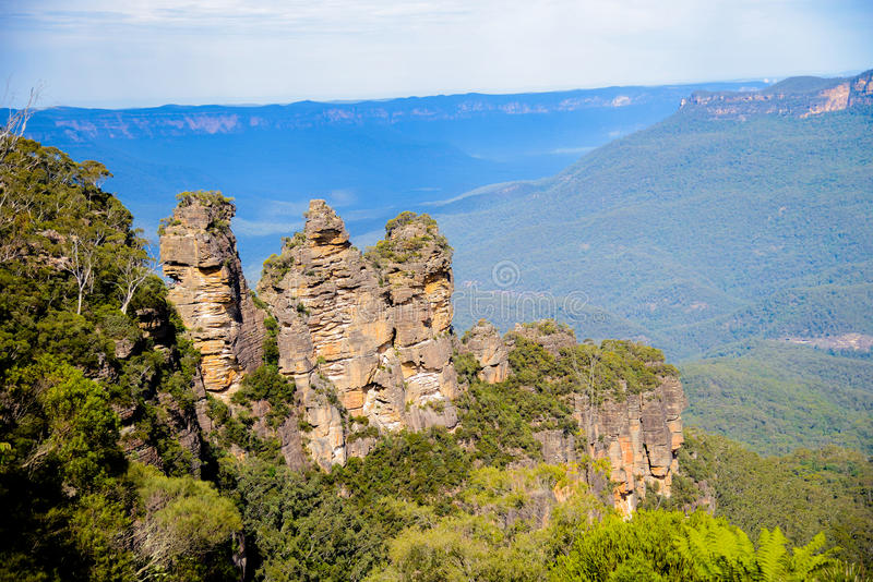 Download Three Sisters In Blue Mountain Australia2 Royalty Free Stock Photography - Image: 31316397