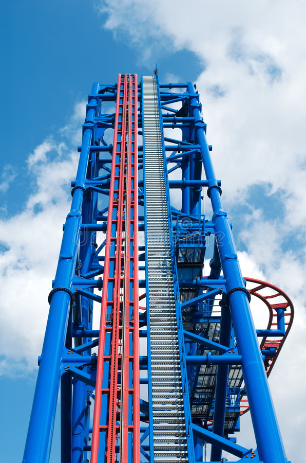 Free Thrill Rollercoaster Stock Photo - 2952280