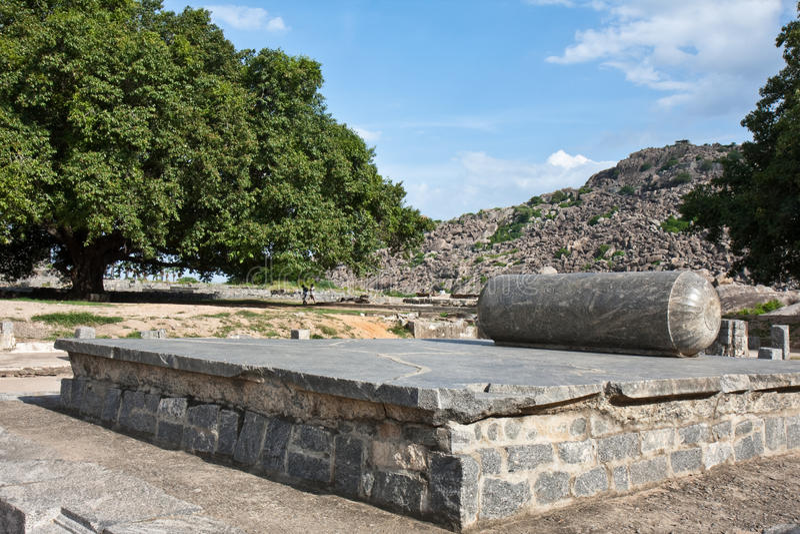 Thron am Gingee Fort stockfotografie