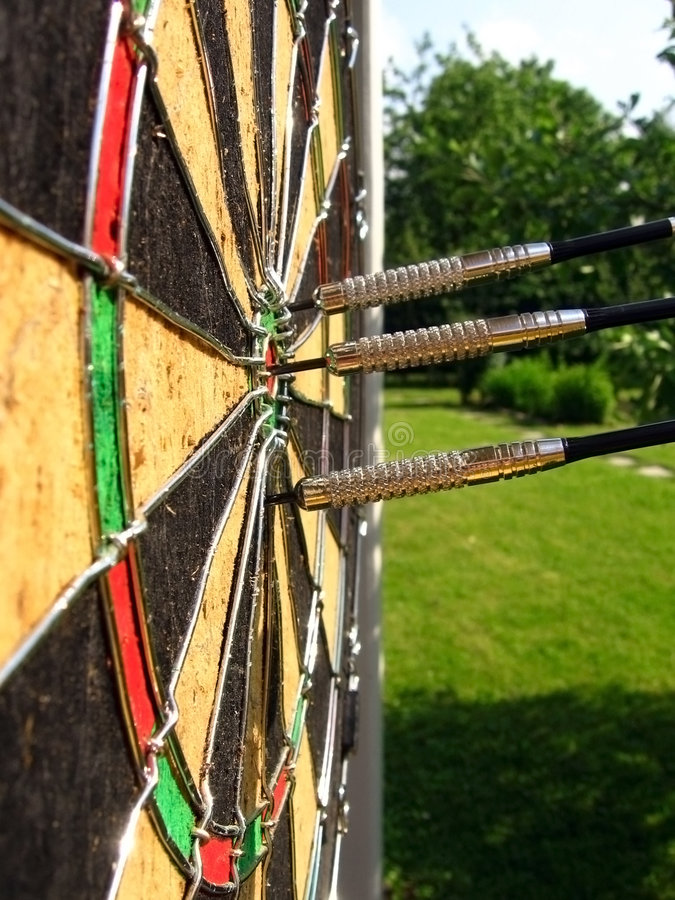 Download Throwing Of Darts In A Target Stock Images - Image: 5531344