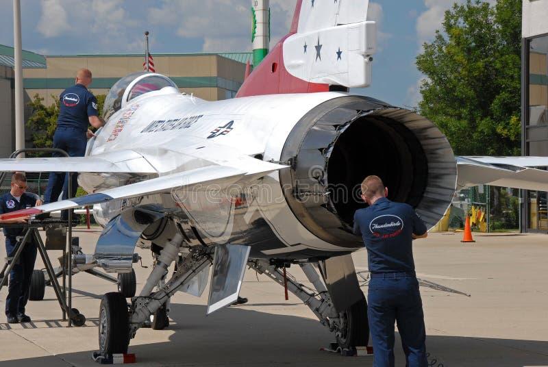 Thunderbird F-16 royaltyfria bilder