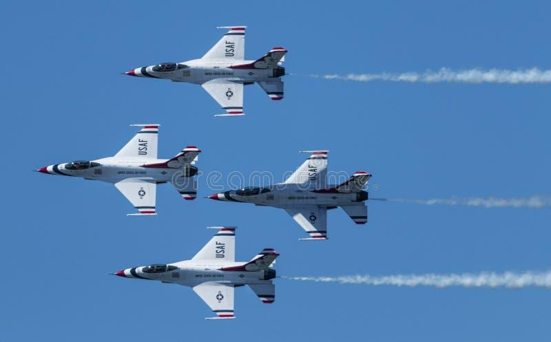 Thunderbirds Diamond Formation del U.S.A.F. imágenes de archivo libres de regalías