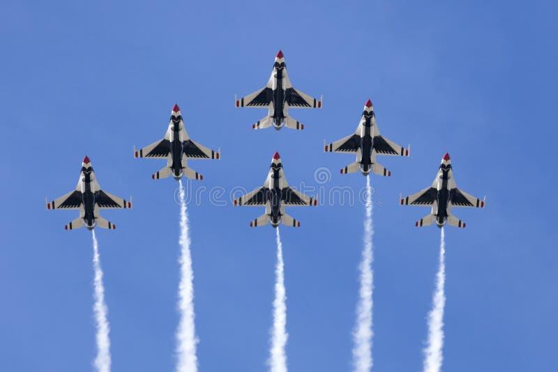 Thunderbirds för USA-flygvapen arkivbilder