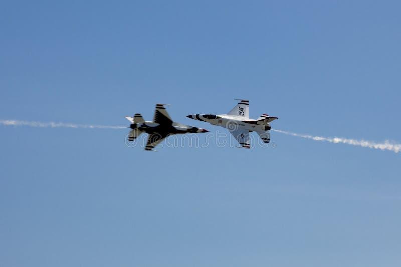 Thunderbirds för USA-flygvapen royaltyfria bilder
