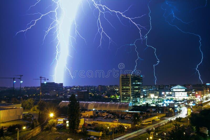 thunderstorm fotos de stock