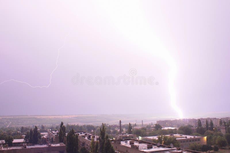 thunderstorm Fulmine tuono Bello cielo fotografia stock libera da diritti