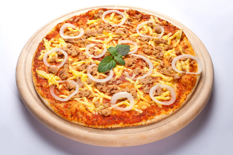 Thunfischpizza stockbild