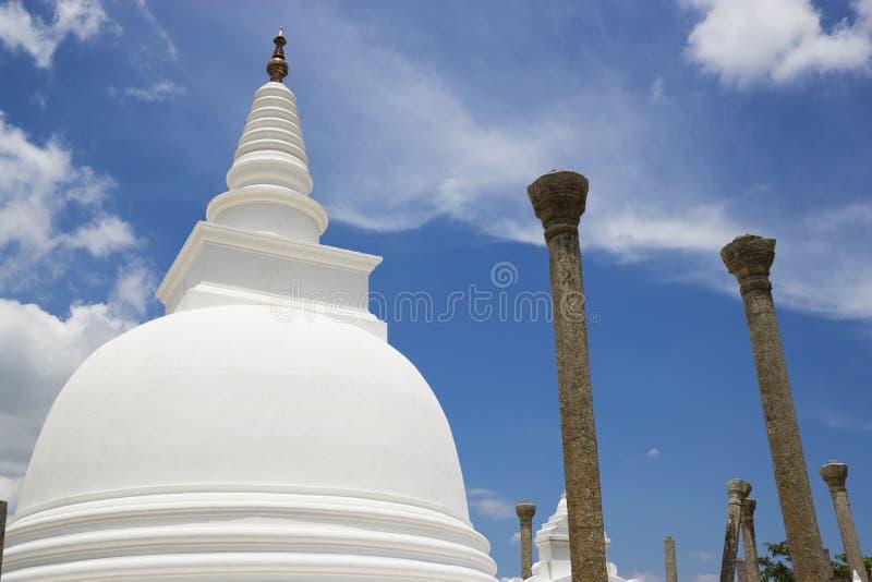 thuparamaya виска sri lanka anuradhapura стоковое изображение rf