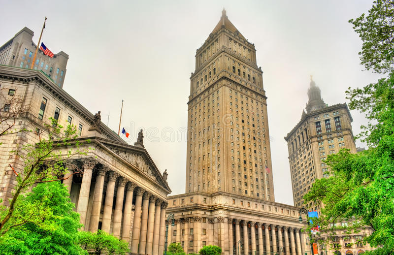 Thurgood Marshall United States Courthouse y edificio municipal de Manhattan en New York City fotografía de archivo