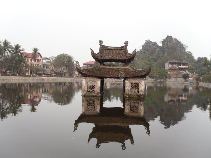 Thuy dinh || They pagoda (nauczyciel pagoda) zdjęcia royalty free