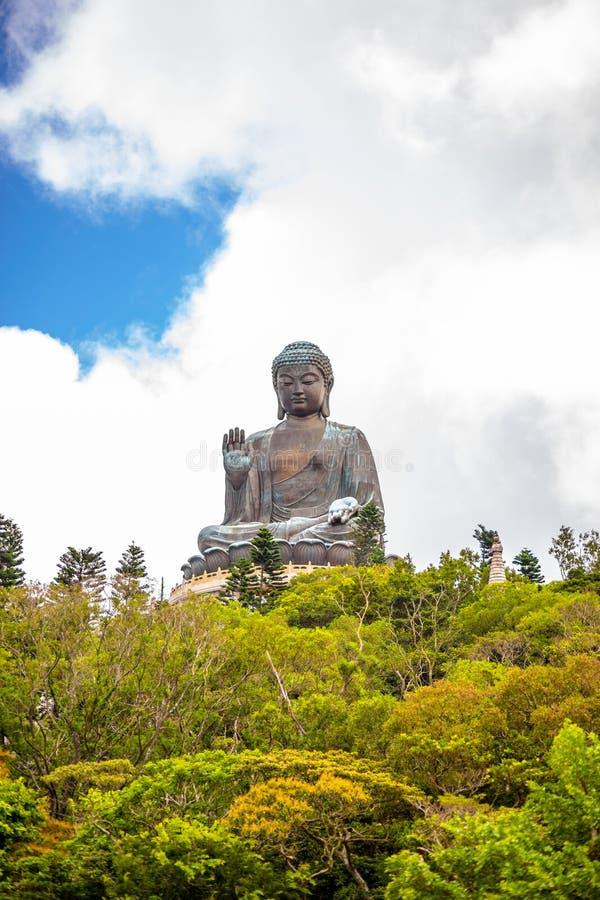 Tian Tan Buddha, Budda grande, Tian Tan Buddha enorme em Po Lin Monastery em Hong Kong fotos de stock royalty free